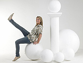 Polystyrene Balls for Displays